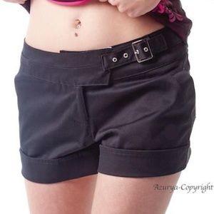 Black short asymmetric waist
